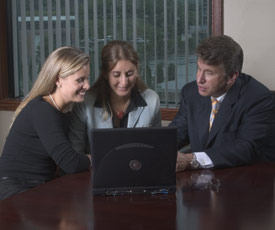 personal-injury-attorney-with-clients