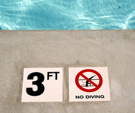 swimming-pool-warning